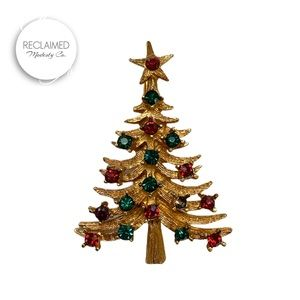 VINTAGE Christmas Tree Pin / Brooch From 1960's